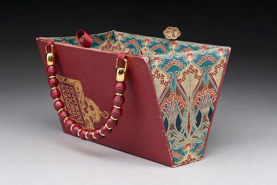 C mo hacer un bolso de mano con un libro - Bolsos de tela hechos en casa ...