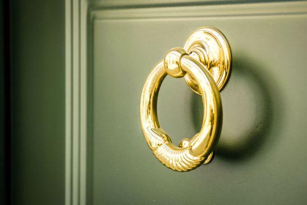 Trucos simples para limpiar objetos de bronce. Cómo limpiar el bronce. Métodos para cuidar y limpiar elementos de bronce