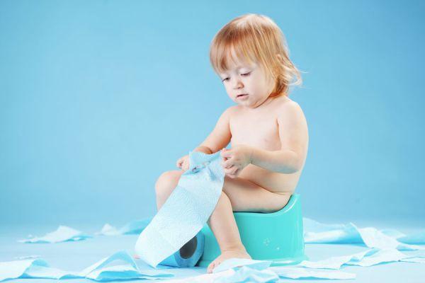 Guía para enseñarle al niño el hábito de ir al baño. Cómo enseñar a tu hijo a pedir para ir al baño. Consejos para enseñarle al bebé a ir al baño