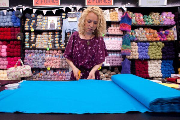 Método para calcular la cantidad de tela necesaria para hacer una cortina. Cuánta tela se necesita para crear una cortina.