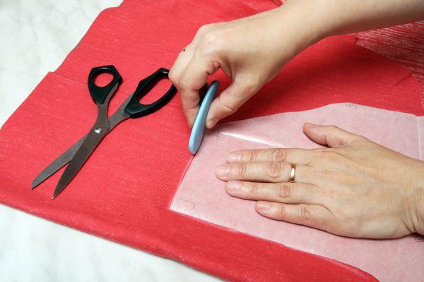 Cómo pasar un patrón o molde a una tela