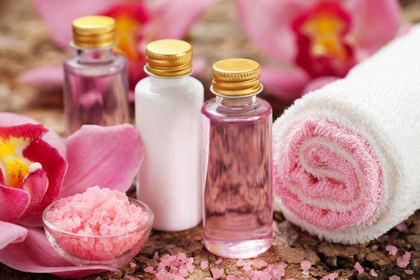 Recetas caseras para hacer lociones y aceites corporales. Lociones caseras y naturales. Cómo hacer aceites corporales artesanales.