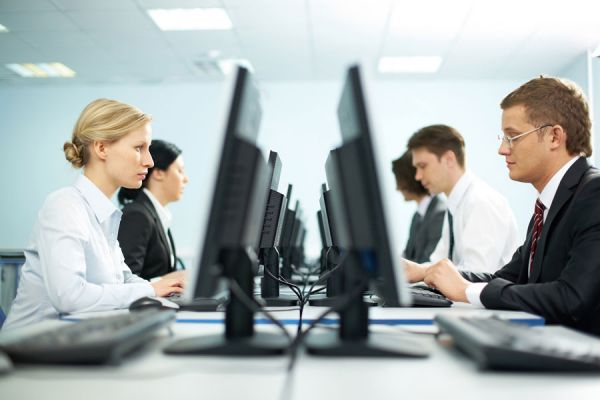 C mo comportarse en la oficina o trabajo for Oficina de empleo de albacete