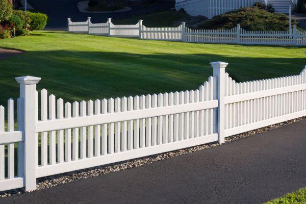 Consejos para dise ar y colocar una cerca para nuestra - Cercas para jardines ...