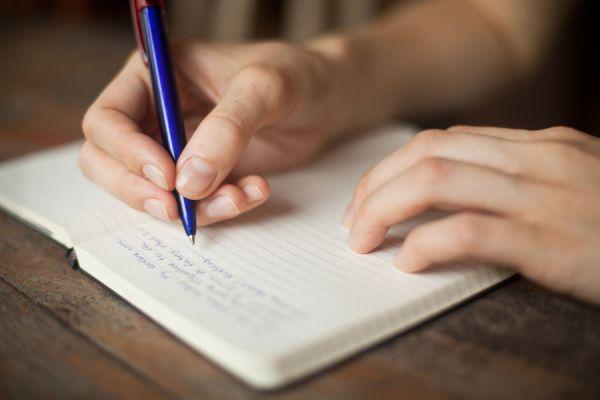 Cómo Escribir un Cuento