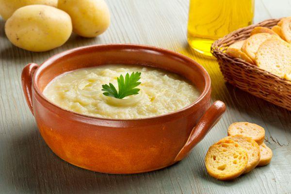 Cómo cocinar sopa de hierbas
