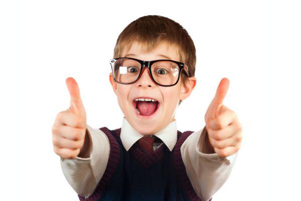 Cómo saber si nuestros hijos necesitan lentes