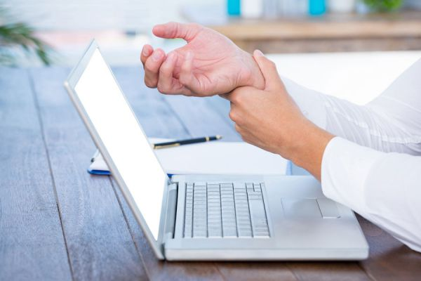 Cómo evitar el síndrome del túnel carpiano