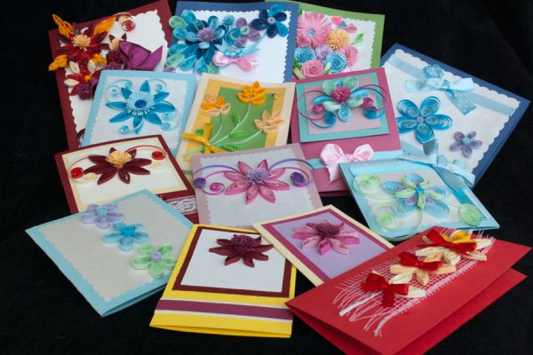 Algunas idesa para hacer tarjetas de Navidad y Año nuevo. Imprime y crea tarjetas de salutación para estas fiestas