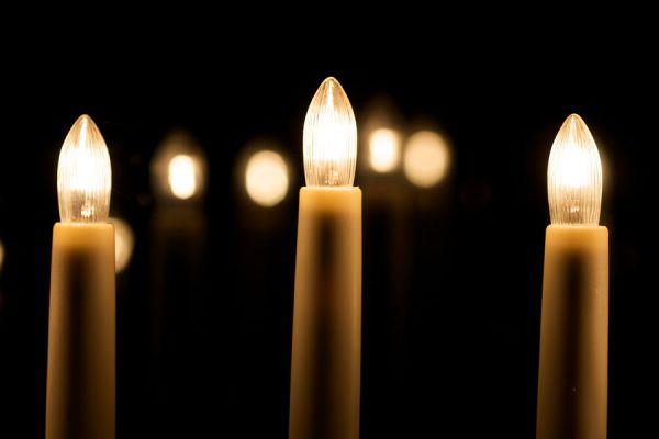velas electricas para ambientar en navidad una idea original para hacer una vela electrica