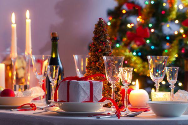 Ideas para hacer centros de mesa navideños baratos y económicos. Cómo hacer centros de mesa para Navidad económicos