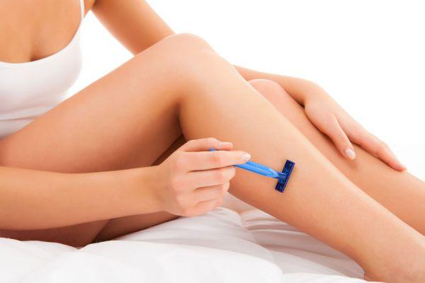 Cómo evitar Manchas en la Piel luego de la Depilación. Manchas en la piel por exposición al sol después de la depilación