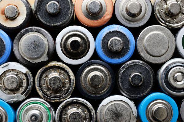 Qué hacer con las pilas usadas? Ideas para reciclar las pilas usadas. Cómo deshacernos de las pilas gastadas. Métodos para no contaminar con pilas.