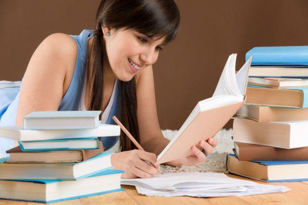 Tips para aprender a estudiar mejor. Tecnica de estudio para mejorar el aprendizaje. Cómo aprender a estudiar rendir bien los exámenes.