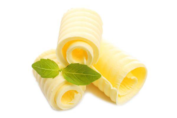 Receta para hacer mantequilla casera. Cómo preparar manteca casera. Preparación de la mantequilla casera. Cómo saborizar la mantequilla casera