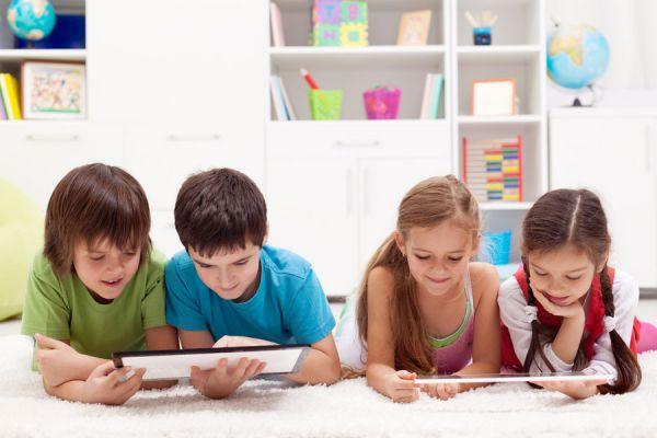 Consejos para reducir el uso de entretenimientos electrónicos. Tips para evitar usar los dispositivos electrónicos todo el tiempo.