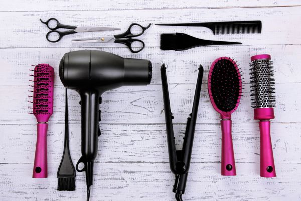 Métodos para desinfectar y eterilizar elementos de peluquería. Cómo esterilizar herramientas de peluquera con procesos químicos y físicos