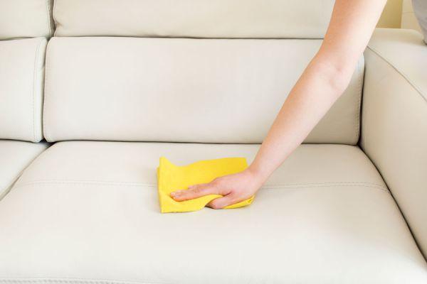 Cómo Limpiar el Cuero
