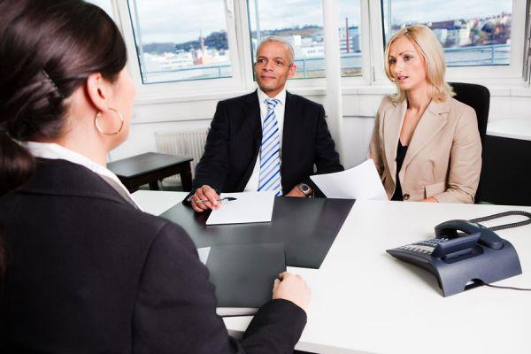 Preguntas que debes evitar hacer durante una entrevista laboral. Qué cosas no debes preguntar en una entrevista de trabajo?