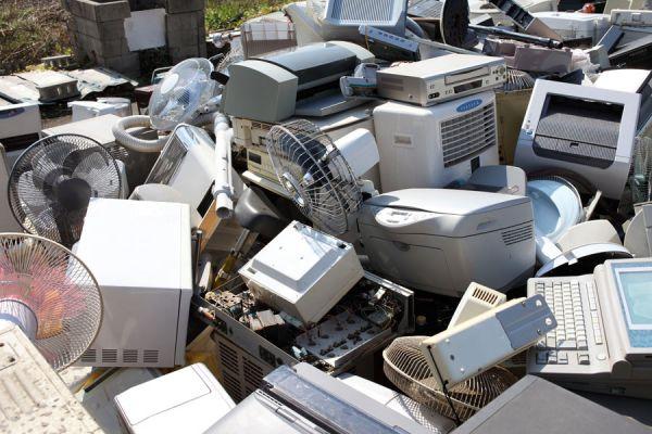 ¿Por qué los productos electrónicos tienen una vida útil corta?