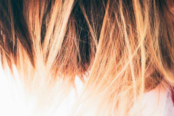 Hay muchos errores comunes que pueden afectar nuestro pelo.