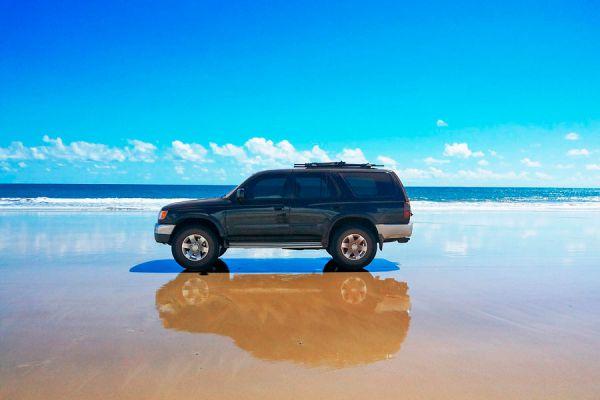 Consejos para cuidar el coche en la playa. Tips para el cuidado del auto en la playa. Cómo cuidar el auto en el mar
