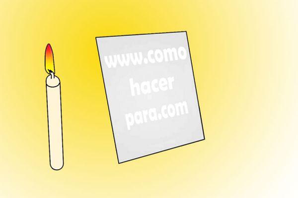 Cómo crear mensajes secretos en un papel - Video