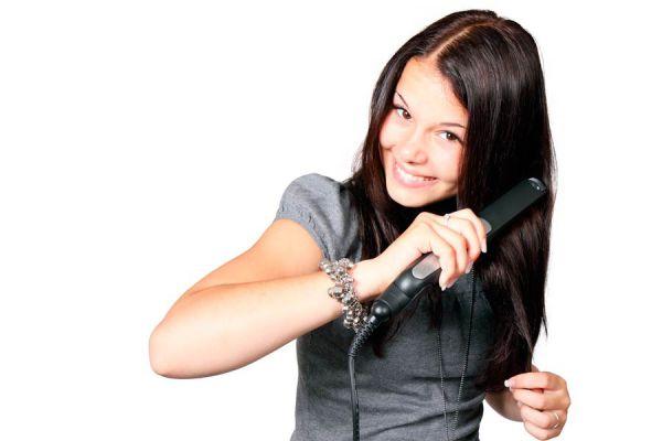 Recetas caseras para restaurar el cabello. Cómo reparar el pelo dañado con remedios naturales. Tratamientos naturales para reparar el pelo