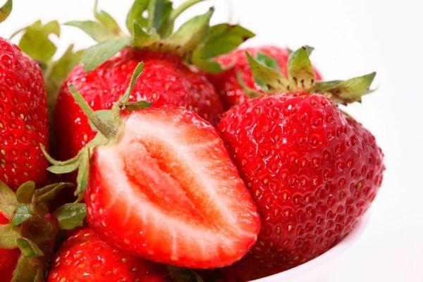 Propiedades y beneficios de las fresas o frutillas. Usos y beneficios de las fresas. Composición y propiedades de las fresas o frutillas