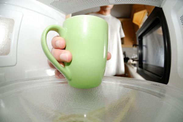 10 recetas fáciles para cocinar en el horno microondas. Preparaciones simples para el horno microondas. 10 recetas para el horno microondas