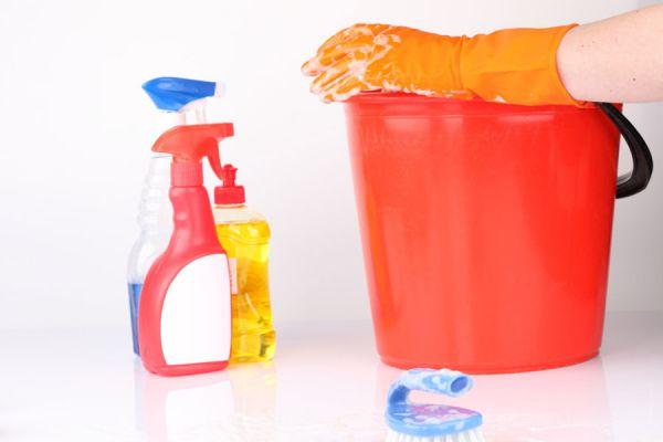 Limpiadores, detergentes y otros productos de limpieza para el baño. Como hacer productos de limpieza caseros para el sanitario