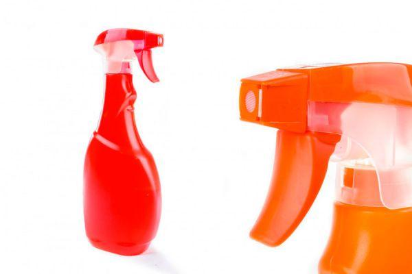 Trucos para quitar manchas de todo tipo en las superficies del hogar. Cómo quitar manchas en distintos sectores del hogar.
