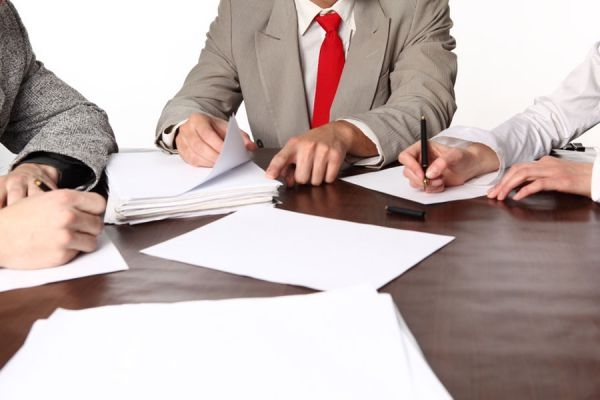 Tips para aprovechar al máximo una reunión de trabajo. Consejos para llevar a cabo una reunion laboral. Cómo aprovechar una reunion de negocios