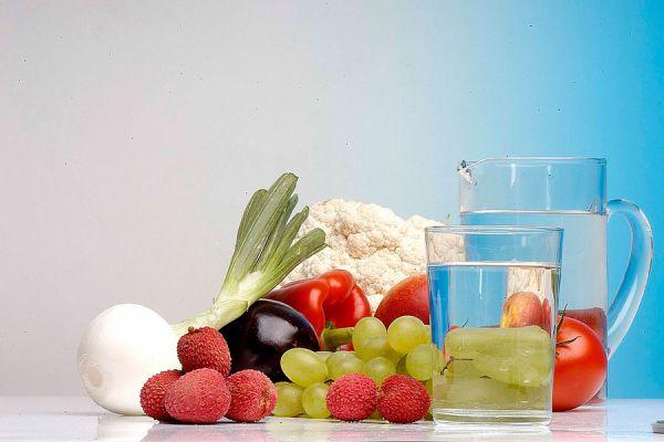 Recetas de bebidas para combatir la retención de líquidos. Cómo evitar la retención de líquidos. Tips para combatir la retención de líquidos