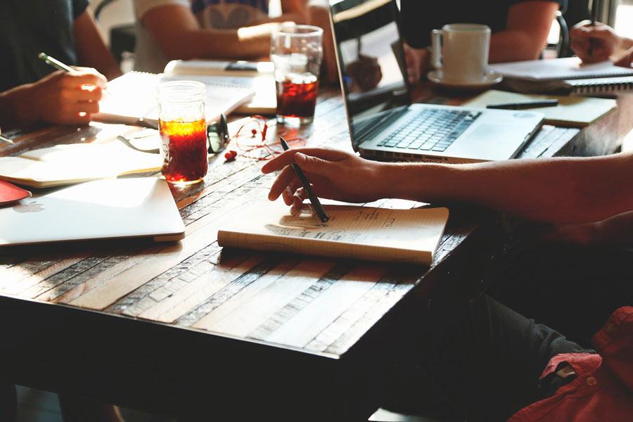 Tips para motivar a un grupo de trabajo. Consejos para mantener motivado al grupo de trabajo.