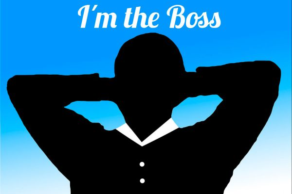 Silueta de un jefe líder