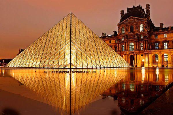 El Louvre, museo que debes conocer al Viajar a París