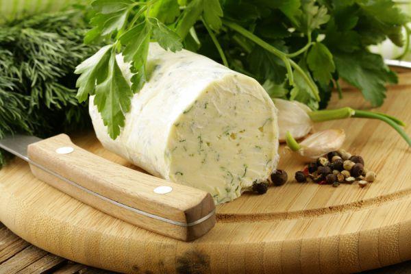 Cómo preparar mantequilla saborizada en casa. Receta para hacer mantequilla con sabores. 12 sabores diferentes para agregar a la mantequilla casera