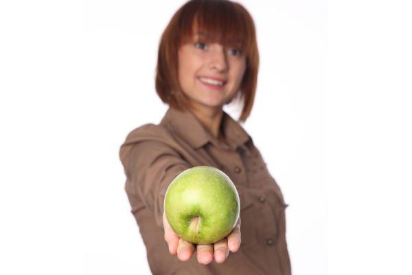 Dieta y alimentación para aliviar la gastritis. Cómo reducir malestares de la gastritis con una dieta saludable.