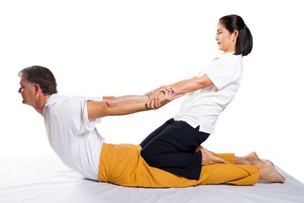 Masaje tailandes, detalles de la técnica y beneficios. Cómo practicar un masaje tailandés. todo sobre el masaje tailandés