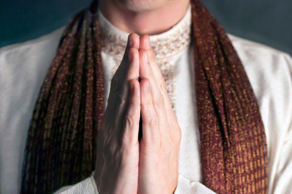 Significado y usos del Namasté. Qué es el Namasté y cómo utilizarlo? Cómo aplicar el saludo Namasté