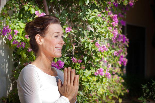 En qué momento y situaciones se usa el Namasté. El significado del Namasté. Cómo aplicar el Namasté en la vida diaria