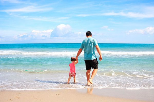 Tips para ir de vacaciones a una playa. Cómo organizar un viaje a la playa. Consejos para vacacionar en la playa