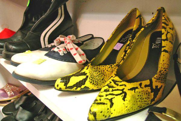 Pasos para abrir y admnistrar una tienda de zapatos. Qué saber antes de abrir una tienda de calzado.