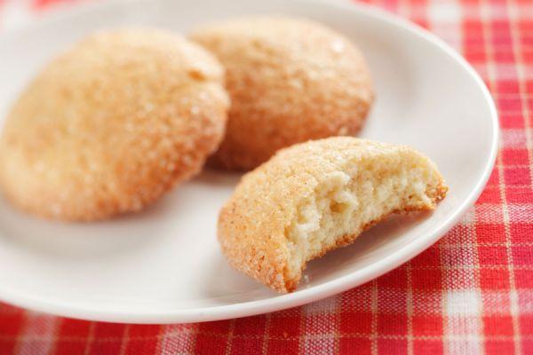 Cómo preparar snickerdoodle caseras. Receta de snickerdoodle hechas en casa. Preparación de las galletas snickerdoodle