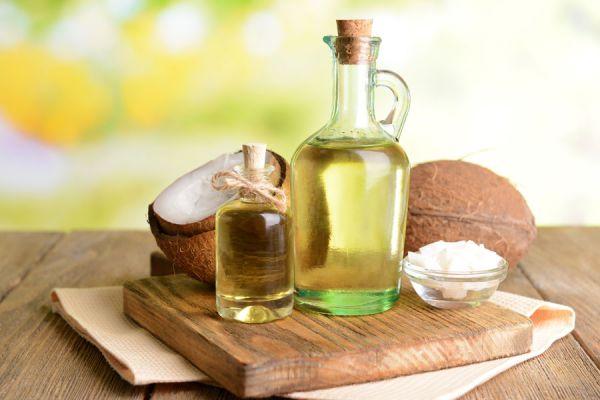 Propiedades y beneficios del aceite de coco. Para qué sirve el aceite de coco? Aportes nutricionales del aceite de coco