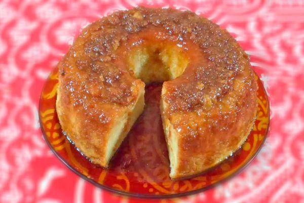 Receta para hacer budín de pan a baño Maria. Cómo cocinar budín de pan a baño Maria. Pasos para hacer budín de pan al horno