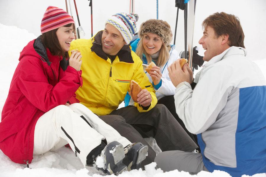Tips para ahorrar en comidas durante las vacaciones. Cómo gastar menos en comidas en un viaje.