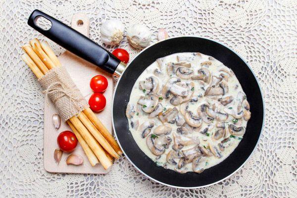 Recetas de salsas para acompañar cerdo. Salsas para el pernil de cerdo adobado. Cómo preparar salsas para un pernil de cerdo