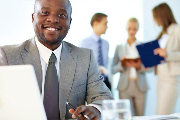 Tips para destacar en el trabajo. Cómo lograr que te reconozcan en tu trabajo. Tips para ser reconocidos en la oficina
